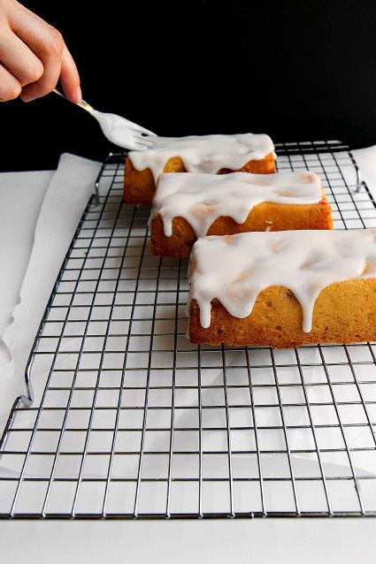 Iced Mini Strawberry Raspberry Cakes Thick Icing Recipe