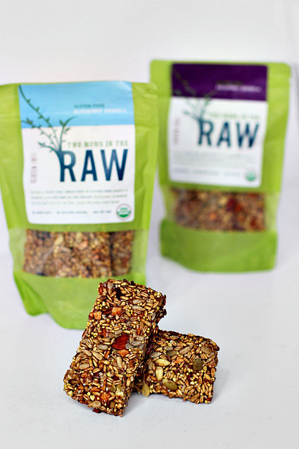 Two Moms in the Raw Vegan Bar Review