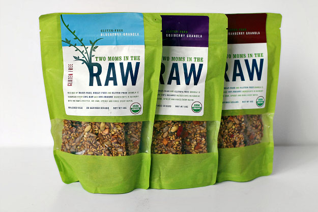 Two Moms in the Raw, Vegan, Gluten Free Granola Bars Review