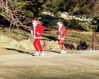 jogging santas