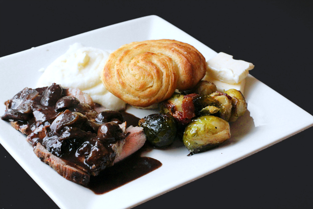 roast beef dinner.jpg
